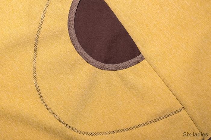 Ozdobný pružný steh - druhá kapsa obšita pěkně