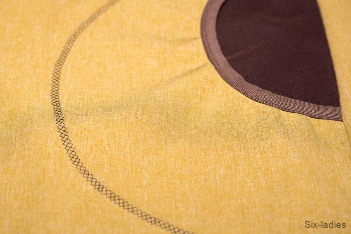 Ozdobný pružný steh - pěkně obšitá kapsa ještě jednou