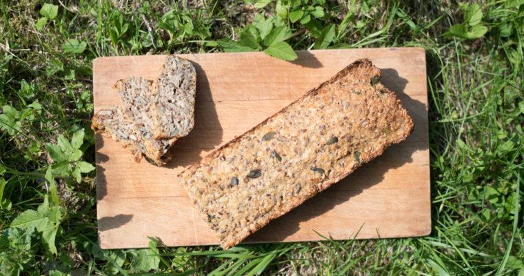 Bezlepkový semínkový chléb
